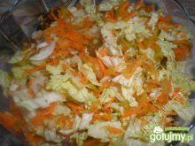 Surówka z pekinki i marchewki
