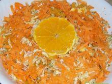 Surówka z pekinki,marchewki i pomarańczy