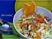 Surówka z pekinki z dodatkiem pomarańczy