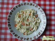 Surówka z porów i pomidorów
