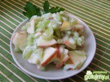 Surówka z selera naciowego i jabłka