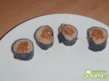 Sushi maki z tuńczykiem chilli