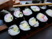 Sushi ze świeżym ananasem
