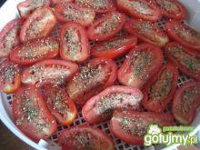 Suszone pomidory w zalewie oliwnej