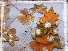 Świąteczna choinka warzywna.