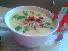 Świąteczna zupa grzybowa z żurawiną