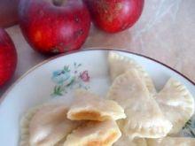 Świąteczne pierogi z jabłkami
