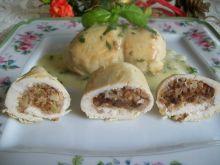 Świąteczne roladki z kaszą gryczaną i śliwkami