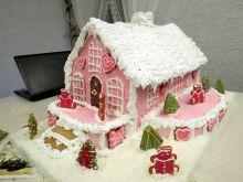 Świąteczny domek z piernika i lukru