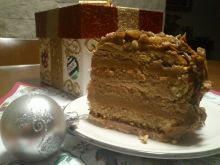 Świąteczny tort kajmakowy