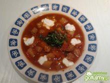 Sycąca zupa gulaszowa