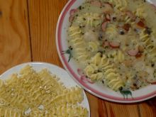 Sycąca Zupa Nic z makaronem armoniche