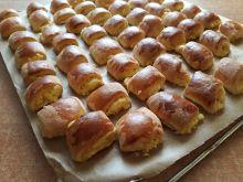 Drożdżowe ciasteczka z serem