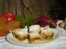 Szarlotka z jabłkami w karmelu
