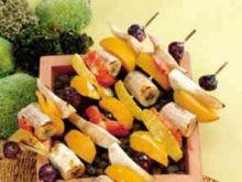 Szaszłyk owocowy
