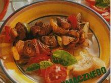 Szaszłyki marynowane z jagnięciny