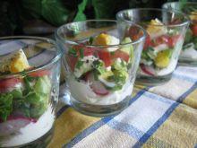 Szklaneczkowa sałatka