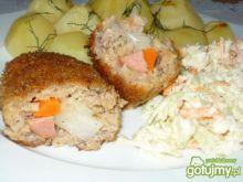 Sznycel z warzywami i kiełbasą