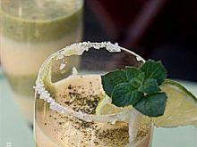Szpajza cytrynowa z herbatą matcha