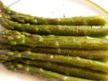 Szparagi na parze