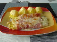 Szparagi zapiekane w szynce i serze
