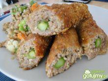 Szparagowe roladki z mięsem mielonym