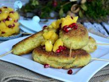 Szaszłyki drobiowe z owocową salsą