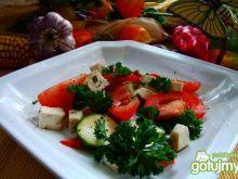 Szybka i zdrowa sałatka z tofu