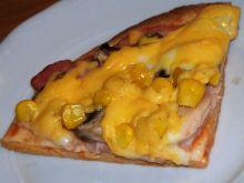 Szybka pizza na plackach tortilli