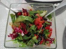 Szybka sałatka z dressingiem ziołowym
