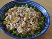 Szybka sałatka z tuńczykiem i soja