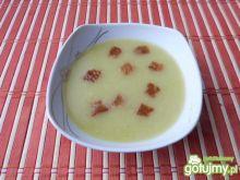 Szybka zupa cebulowa z grzankami