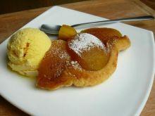 Szybki jabłecznik z ciastem francuskim