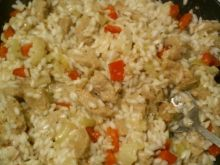 Szybki ryż z kotletami sojowymi i papryką