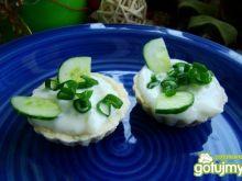 Szybkie babeczki z sosem tzatziki