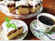 Szybkie ciasto Eli z jeżynami i kruszonką