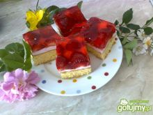 Szybkie ciasto truskawkowe