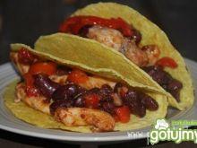 Taco z kurczakiem i fasolą