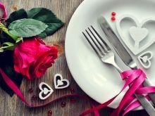 Jak przygotować romantyczną kolację