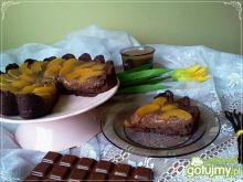 Tarta czekoladowa z brzoskwinią
