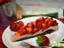 Tarta  na zimno z truskawkami