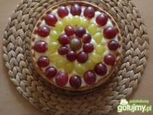 Tarta z budyniem i winogronami