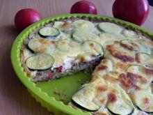 Tarta z cukinią, pomidorami i tuńczykiem