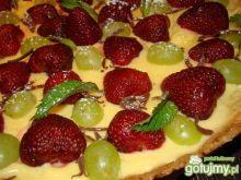 Tarta z kremem cytrynowym i truskawkami