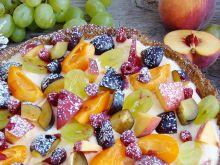 Tarta z makiem kremem budyniowym i owocami