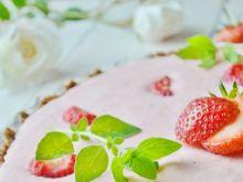 Tarta z musem rabarbarowo-truskawkowym