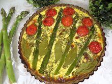 Tarta ziołowa z szparagami