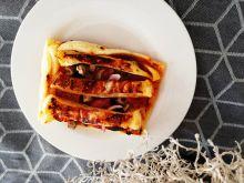 Tartaletki z chorizo, cebulą i pieczarkami