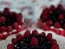 Tarteletki jagodowo- malinowe z kremem mascarpone