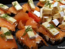 Tartinka z łososiem